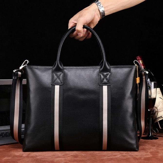 Cách chọn túi xách da hàng hiệu thể hiện đẳng cấp quý ông (3)