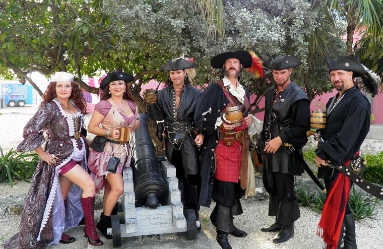 Tìm hiểu cướp biển Caribbe qua tuần lễ Cướp biển ở quần đảo Cayman (3)